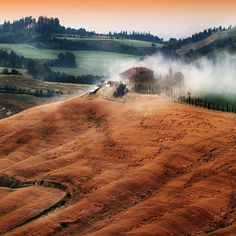 "(via 500px / Photo Colors and atmosphere of the Tuscan .."" by Edmondo Senatore)"