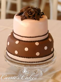 Little chocolate bow-tie cake