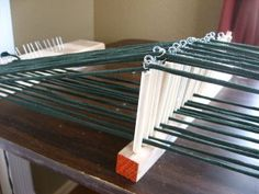 How to Make Your Own Scrap Loom on Corvus Tristis