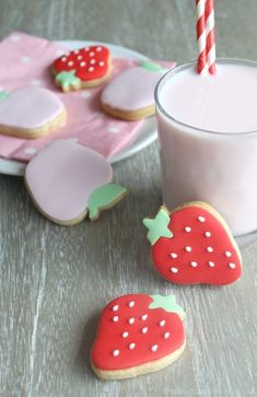 www.piccolielfi.it boutiques, strawberri cooki, boutiqu bakeri, bakeries, strawberries, apples, cookies, fruit cooki, biscuit