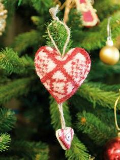 Knit these intarsia felted Christmas decorations from the Little Festive Knits Online Collection. A design by Janice Anderson using Felted T...