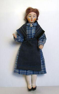 Doll in Martha costume, rubber