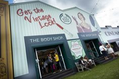 Great Pop Up Store Design by the Body Shop