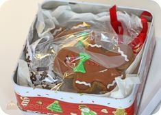 How to pack & mail Christmas cookies so they won't break in transit.