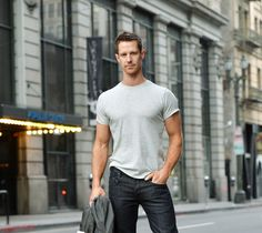 """Veronica Mars"" Star Jason Dohring Takes A Return Trip To Neptune (and looking better than ever!) (VERY excited for the movie)"