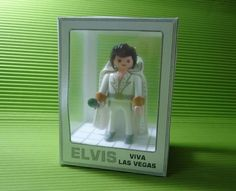 Playmobil Display Box Paper Model - by Papermau - Download Now!    I made this display because I always wanted the Playmobil Elvis Presley and when I got one, so I wanted to do a display to expose it.