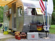 Blog site for vintage camping stuff.  So cute!