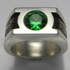 Green Lantern Wedding Band | 30 Geeky Engagement Rings, Wedding Bands, And Ring Boxes