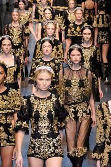 Dolce & Gabbana Baroque/Black and Gold - F12