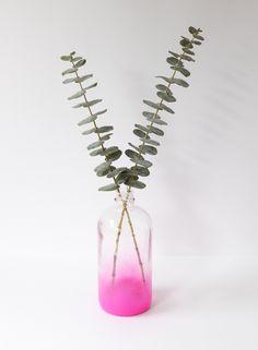 10 Minute Vase DIY