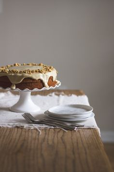 {This cake is just so darn lovely.} Carrot Cake with Orange Maple Cashew Cream Frosting | Edible Perspective