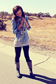 Chambray and Wellies with an oversized tee. Cute combo