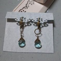 Earring card tags tutorial- fold and punch, basically