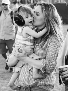 Alicia Silverstone & son Bear