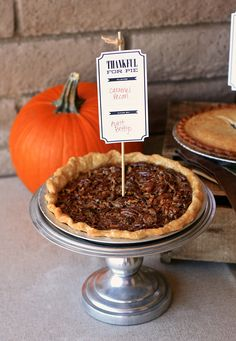 "27 Free Thanksgiving Printables. Love this idea of a ""Best Pie Contest"" for Thanksgiving with your family! #free #thanksgiving #printables"