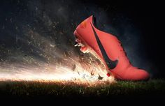 Nova chuteira do CR7: a Mercurial Vapor 8 (by Nike).