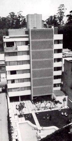 Posterior fachada, Edificio de Apartamentos de Lujo, Taine 721, Polanco, México DF 1963 Arqs. David Ramírez Pliego y Raúl Ortiz Parlatto - Rear façade of an apartment buildng, Polanco, Mexico City 1963