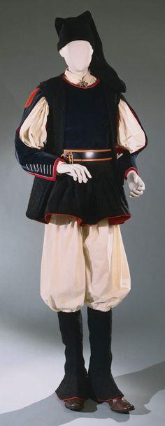 Gala ensemble from Nuoro, Sardinia, Italy, early 20th century.