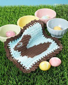 Lily Sugar'n Cream - Chocolate Bunny Dishcloth (free crochet pattern) #easter