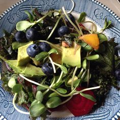 Summertime Red Kale Salad with blueberries, peaches, avocados, sliced beets, pecans, hemp seeds & sunflower sprouts. Mmmm!