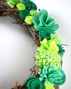 St Patricks Day wreath, felt flower wreath