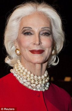 Worlds oldest model . . .'Carmen'!  How lovely she is . . .wearing her strand of pearls!