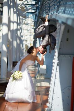 Great wedding picture #spiderman