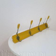 4 fach Handtuchhalter Hakenleiste 60 cm Holz Metall Art Déco 30er - 50er Jahre. 39'45 + 18 €