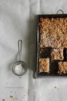 squares100 Strawberries crumb cake
