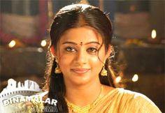 அழையா விருந்தாளியாக ஆஜராகும் ப்ரியாமணி!  http://cinema.dinamalar.com/tamil-news/13437/cinema/Kollywood/Priyamanis-surprise-party-visit.htm