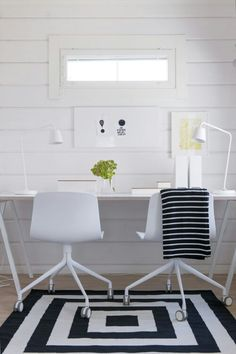 Black and white office--repin via Meike Trausel