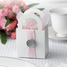 Platinum Hearts Favor Box Kit | #exclusivelyweddings | #metallicwedding
