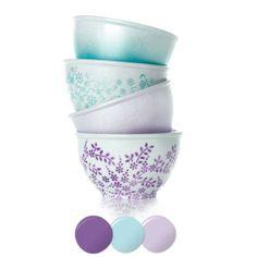 Martha Stewart Crafts® Ombre Bowls  Martha Stewart Crafts Mad About Color April 2014 Palette - click thru for the full tutorial - #marthastewart #marthastewartcrafts #plaidcrafts #diy #crafts #12Monthsofmartha