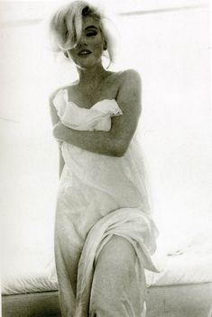 Marilyn Monroe by Bert Stern icon, bed heads, marilyn monroe, beds, marylin, beauti, norma jean, marilynmonro, bert stern