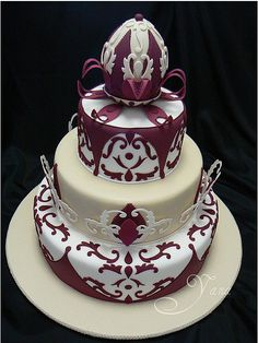 unique wedding cakes 5 by Austin Wedding Blog - reminds me of a Fabrege Egg. Lovely.