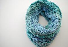 Cozy Cowl craft, crochet scarv, colors, cozi crochet, crochet instructions, crochet patterns, yarn, cozi cowl, crochet cowls