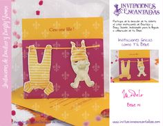 Invitacion de diptico con diseño de mameluco colgando