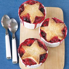 Star Berry Cobblers #recipe for the 4th of July (if you don't have star cookie cutters, round biscuits are pretty, too)