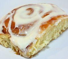 Vanilla Pudding Cinnamon Rolls