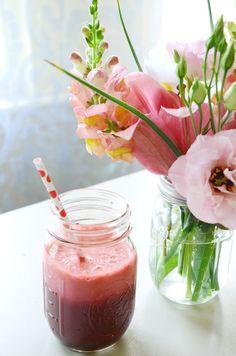 Leea Lee: Anna's Simple Beet Juice