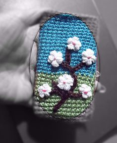 Ravelry: Crochet iPhone Blossom case pattern by Tatiana Brestovanska