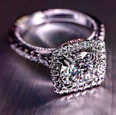 Diamond cushion cut ring