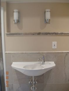 Customer Image Gallery for TOTO Lt650G#01 Lt650G Wall Mount Lavatory, Cotton White