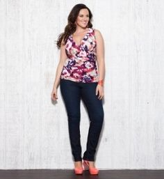 coral, kiyonna, style, ruch tank, size fashion, jeans, pink shoes, plus size clothing, tanks