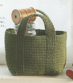 Crochet green bag with diagram - love the handles!