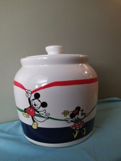 Mickey & Minnie Cookie Jar made in Mexico by Treasure Craft