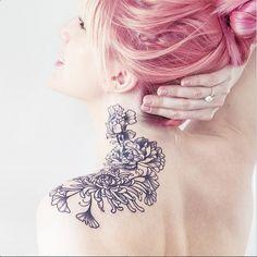 flowers by carolie karénine #shoulder #neck #tattoo