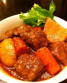 Cooking The Amazing: CLASSIC BEEF STEW