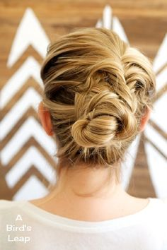 Top 10 Gorgeous Bun Tutorials