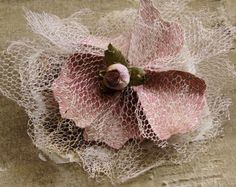 Tutorials for making several fancy flowers